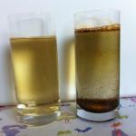Agua del grifo y agua filtrada por ósmosis inversa, ambas tras una sencilla electrolisis.